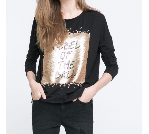Women's T shirt , with strass in front  , loose and long sleeve